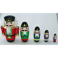 Nesting Nutcrackers Set of 5